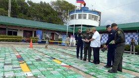 Rekordní nález celníků: Zabavili 6 tun kokainu