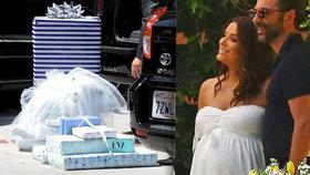 Těhotná »zoufalka« Longoria bude mít kluka! Pohlaví prozradila barva dárků