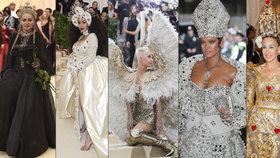 Šílené modely na Met Gala 2018: Rihanna jako papež, Madonna jako královna a okřídlená Katy Perry