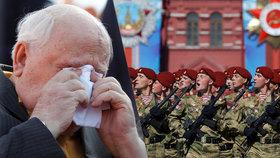 """Tisíce vojáků, """"neviditelné"""" letouny a plačící Gorbačov: Rusko slaví Den vítězství"""