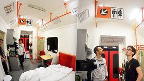 Nová stanice pražského metra Řehořova?! František (25) ze sklepního bytu na Žižkově udělal kopii soupravy