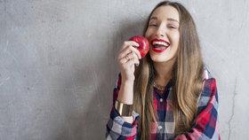 Blesková jablečná dieta: Zhubnete o dvě kila za pár dnů a pročistíte si tělo!