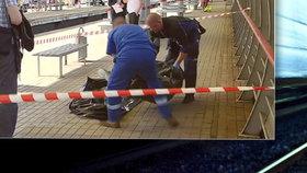 Šeptala synovi (✝10) do ucha, pak si oba lehli na koleje! Po letech znovu otevřen případ sebevraždy