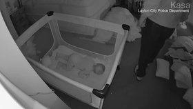 Muž se obnažoval před maminkou a jejím synem (8 měs.), když spali. Do domu se vloupal a zase zmizel