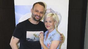 Tanečník ze StarDance Marek Dědík se řítí do chomoutu! Pochlubil se prsteny a šaty
