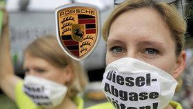 Dieselgate nekončí: Automobilka Porsche celosvětově stahuje vozy