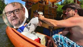 Piráti chtěli vodákům dopřát alkohol. Vláda je proti a Ťok dál razí nulovou toleranci
