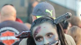 Krvelačným zombiím utekl málokdo, motorkáři se baví v Pasohlávkách