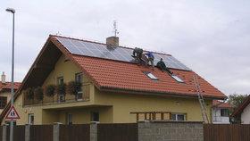 Chcete si snížit účty za elektřinu? Pořiďte si fotovoltaickou elektrárnu!