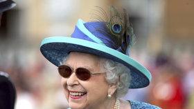 Královna Alžběta II. (92) musela na operaci! Pod kudlu šla kvůli zraku