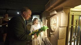 Potomek Marie Terezie v Praze: Navštívil hrob své prapra…babičky