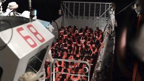 Evropská pobřežní stráž: Místo Balkánu se ženou uprchlíci přes Španělsko
