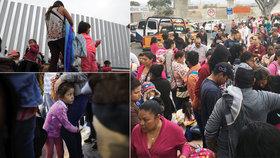 """""""Doma nás zabijí, v USA vezmou děti."""" Migranty děsí těžká volba i přes nařízení Trumpa"""