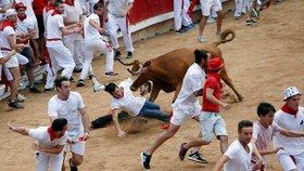 Býci opět nabírali na rohy. Při běhu se v Pamploně zranilo 5 lidí