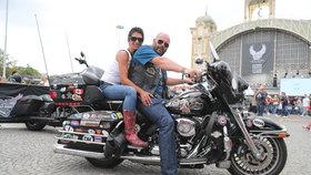 Ohlédnutí za oslavami Harley-Davidson v Praze: Přes sto tisíc účastníků, injekce do rozpočtu