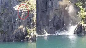 Šokující video: Mladík se chystal skočit do jezírka v lomu, pod jeho nohama se zbortil kus skály!