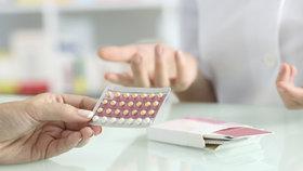 5 nežádoucích účinků antikoncepce: Otravná nevolnost i nebezpečná trombóza