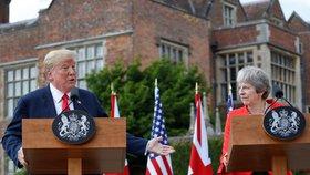 Trump Britům ukázal hodnou a zlou tvář: Mayovou peskoval, pak ji chválil