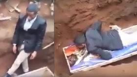 Falešný prorok se pokoušel vzkřísit mrtvolu: Neuspěl a skončil v cele