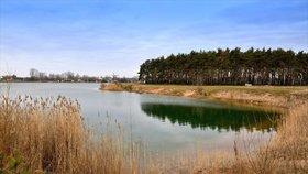 V Praze přibude rybník na rybolov. Od podzimu se s prutem a udicí můžete vydat k Hliníku