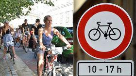 Cyklisté vyhráli: Praha 1 se proti zrušení zákazu kol v centru bránit nebude