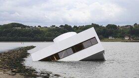 Le Corbusierova Villa Savoye se potopila v dánském fjordu