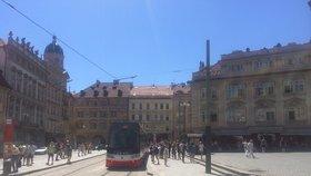 """Kultura na Malostranském náměstí """"neklapla"""", lidi odrazuje hluk. Jak místo promění rekonstrukce?"""