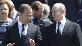 Vyhlásí tím obchodní válku, varuje Medveděv. Rusko připraví nové sankce o pořádný balík