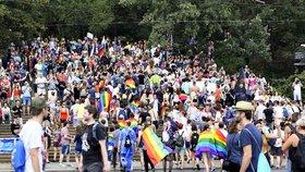 Duhový průvod Prague Pride omezí dopravu: Kudy v sobotu neprojedete?
