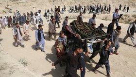 Krveprolití v Afghánistánu nebere konce: Sebevražedný útok roztrhal desítky studentů