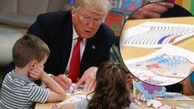 Trump si popletl barvy na americké vlajce. V nemocnici kreslil i modrý pruh