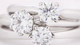 Kolik by měl stát zásnubní prsten?