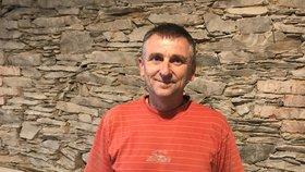 """Josef (55) zdědil BMW, ale na silnici nemůže. Auto mu """"zrušili"""" úředníci"""
