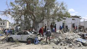 Výbuch u školy zabil nejméně tři lidi. Šest dětí v Somálsku utrpělo zranění