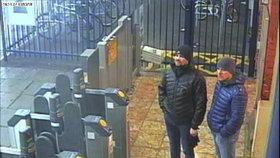"""Skripala jsme neotrávili, tvrdí ruští """"agenti"""". V Británii prý byli jako turisté"""