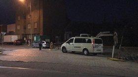 Nález mrtvoly v Libni. Tělo neznámého muže leželo opodál Zenklovy už několik dní