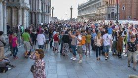 Boj Benátek s davy turistů: Za vstup do centra chystají poplatky až 10 eur