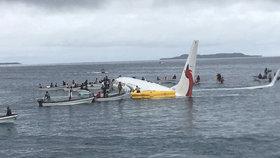 Zázrak při neštěstí: Letadlo se zřítilo do laguny, osud pasažérů překvapil všechny