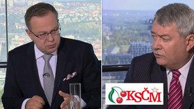"""Moravec si v ČT rýpl: """"KSČM je na historickém dnu."""" Čím kontroval šéf rudých Filip?"""