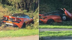 Řidič naboural McLaren za 7 milionů: Teď se k němu radši nehlásí