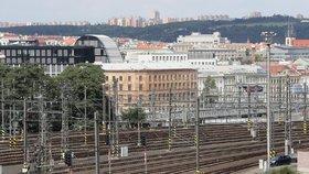 Výpadek zabezpečovacího zařízení ochromil hlavní nádraží: Vlaky nejezdily hodinu