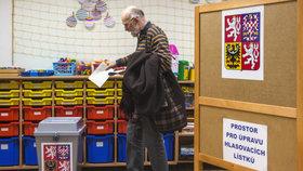 Volby mají být už jen jeden den, notují si strany s vnitrem. Nově i dopisem