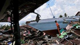 Indonésii zasáhlo další silné zemětřesení. Oběti zatím hlášeny nejsou