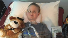 Záhadná paralytická nemoc děsí rodiče. Podobá se obrně a mrzačí děti
