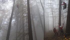 Paraglidistka skončila v Beskydech v nesnázích: Zřítila se do větví, které ji uvěznily