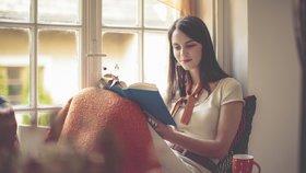 5 skvělých čtecích koutů do malého bytu. Tyhle si zamilujete!