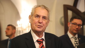 """Zeman hledá po """"facce"""" od Senátu náhradu za Gerlocha. K Ústavnímu soudu má dva kandidáty"""