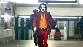 Američané mají strach z filmu Joker: Bojí se střelby v kině!