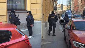 Ozbrojenci v centru Prahy?! Policie zadržela čtyři cizince, na místě zasahoval pyrotechnik