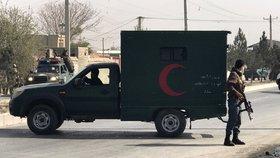 Sebevražedný atentátník zaútočil na sídlo volební komise. Šest lidí zranil